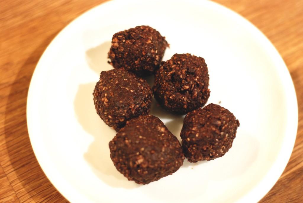 Kakaové raw kuličky