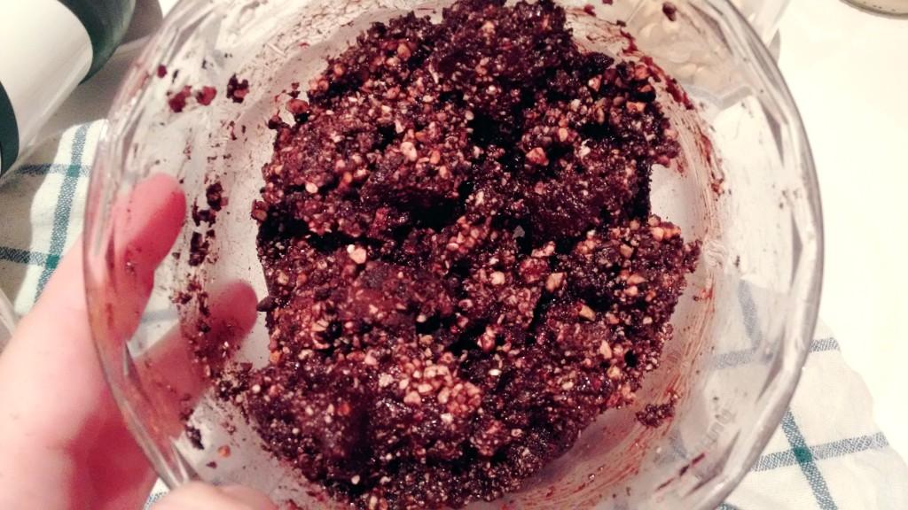 Kakaové raw kuličky - hmota